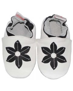 baby shoes winter flower